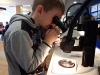 Learning how to use a dissecting microscope to look at very small mudflat animals